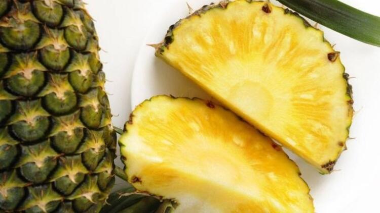 Şişkinlik sorununa karşı ananas
