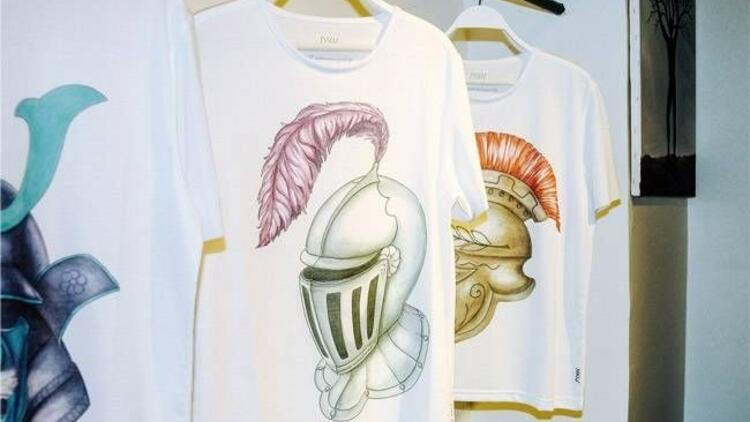Birbirinden şık özel tasarım tişörtler!