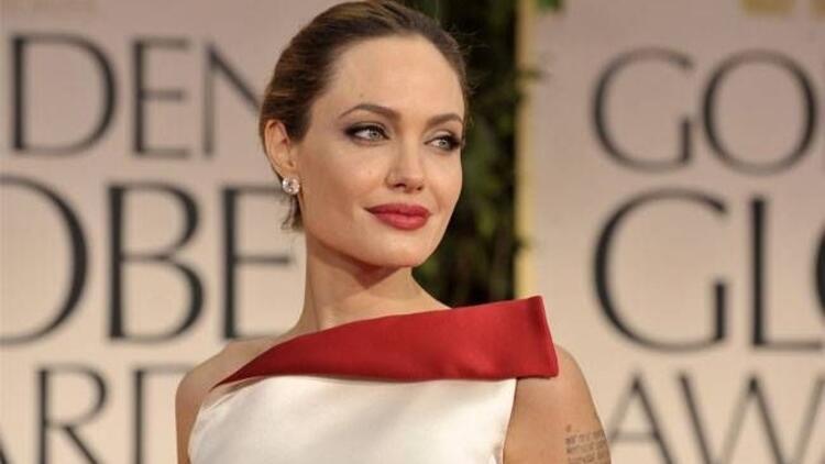 Meme kanserinde Angelina Jolie farkındalığı…