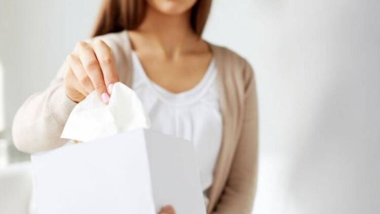 Kulağınızı kağıt mendil ile temizleyin!