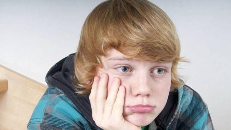 Ergenlik çağındaki çocuğa nasıl davranılmalı?