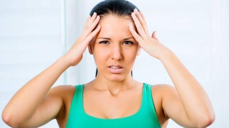 Sakız çiğnemek baş ağrısını tetikliyor