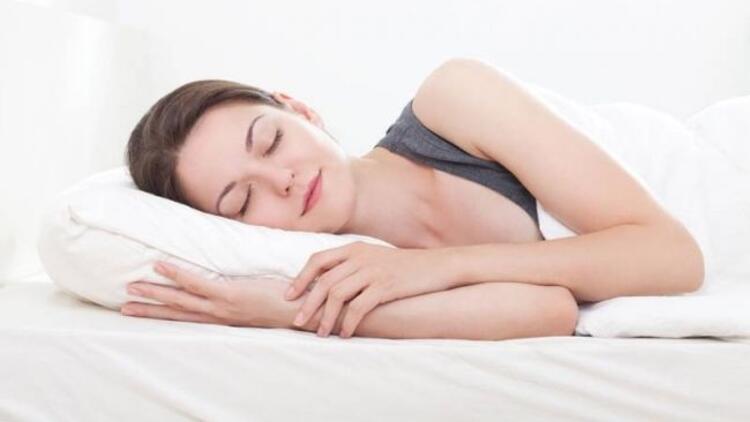 Günlük uyku sürenizi artırarak zayıflayın