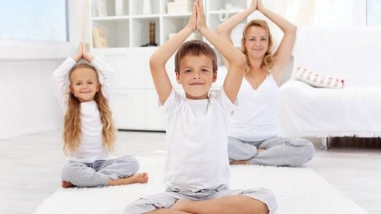 Anne-çocuk yogası sizi daha da yakınlaştıracak