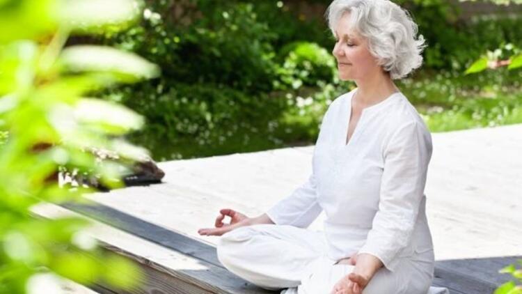 Her yaştan insan yoga yapabilir mi?