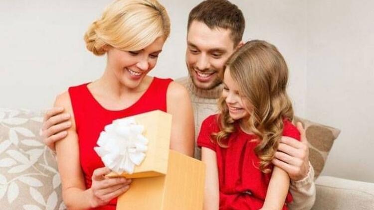 Çocukların yüzünü güldürecek karne hediyeleri