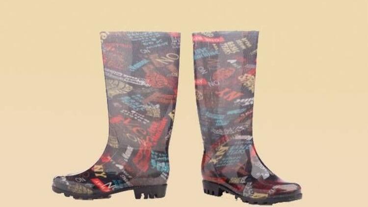 FLO yağmur çizmeleri her ayağa lazım!