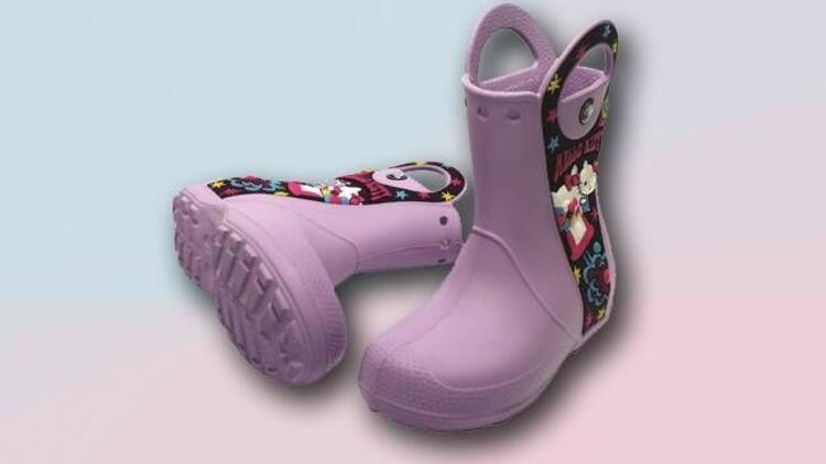Crocs'tan katlanabilen yağmur botları
