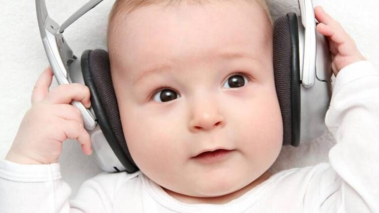 Müziğin ve ninninin bebeklere faydaları