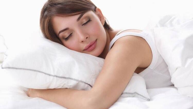 Bunaltıcı sıcaklarda kaliteli uyku için öneriler!