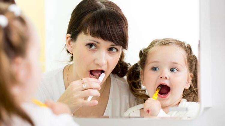 Süt dişleri mutlaka tedavi edilmeli!