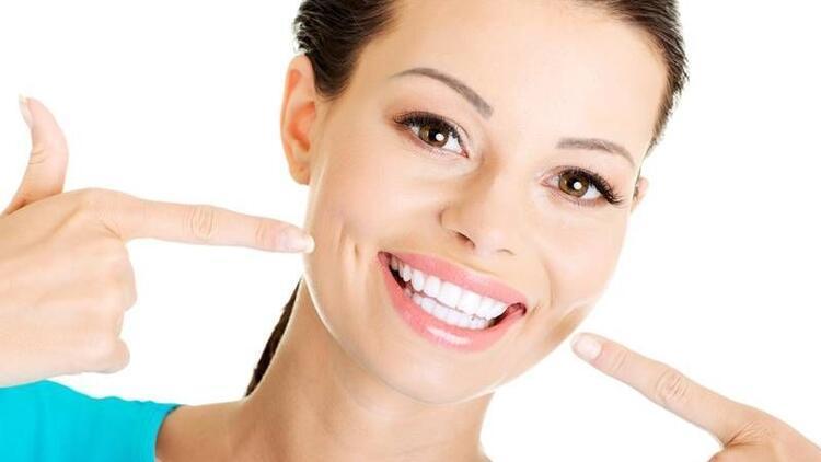 Dişlerinizi saklamadan gülmek ister misiniz?