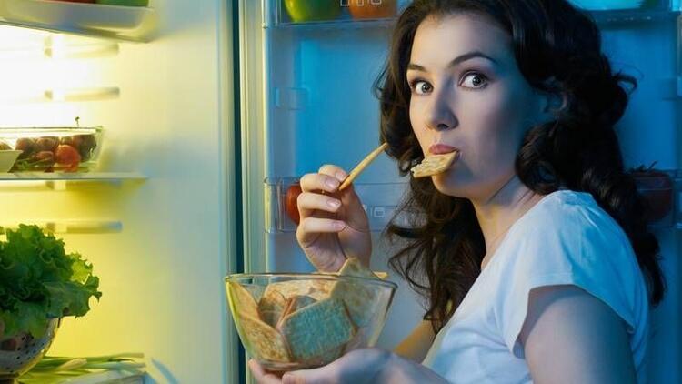 Gece yeme sendromu nasıl önlenir?