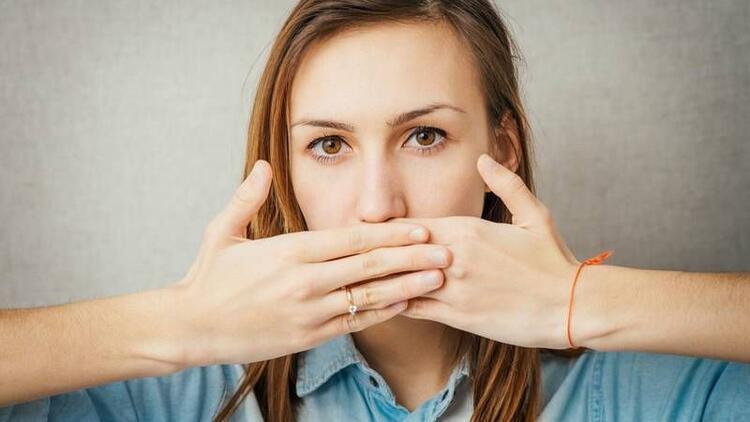 Ağız kokusu neden oluşur?