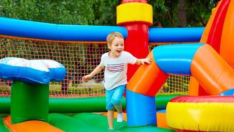 Şişme oyun parkları çocuklar için tehlike saçıyor
