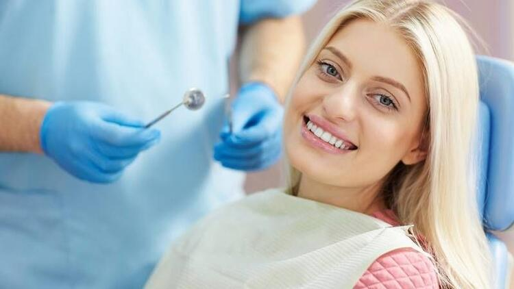 Diş eti çekilmeleri nasıl tedavi edilir?