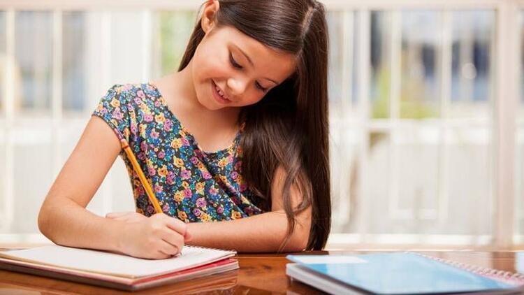 Çocuklara ev ödevini sevdirme yöntemleri!