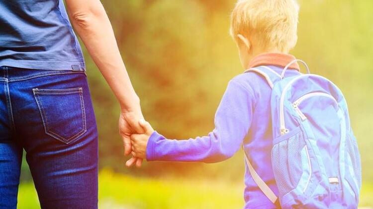 Çocukların okul fobisini anneler tetikliyor!