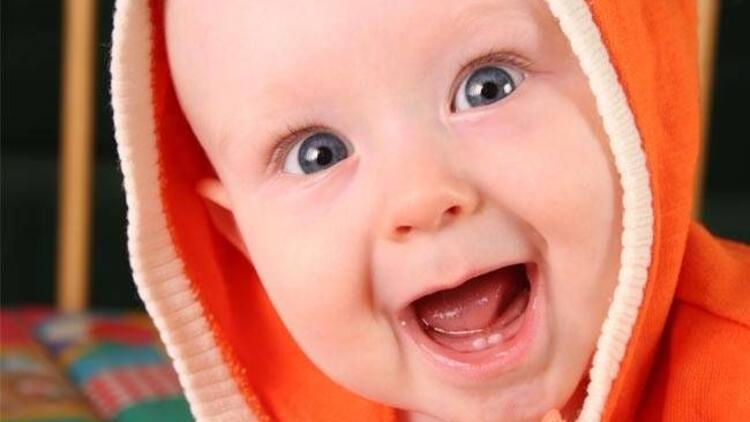 Gülen bebek fotoğrafları mutluluk veriyor