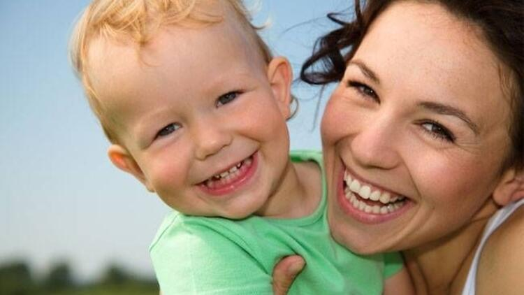 Çocukların mutlu anneye ihtiyaçları var