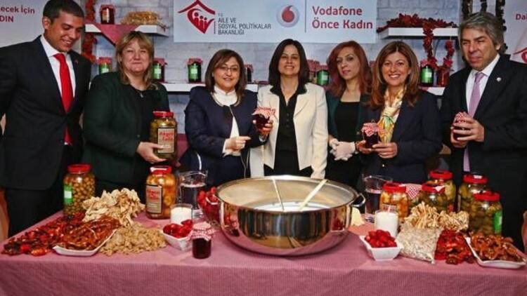 Vodafone'dan güçlü bir Türkiye için: Önce Kadın!