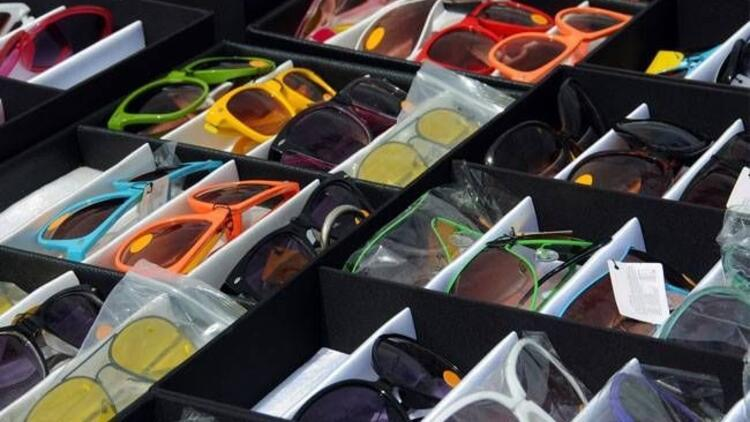 Pazarlarda satılan gözlüklere itibar etmeyin!