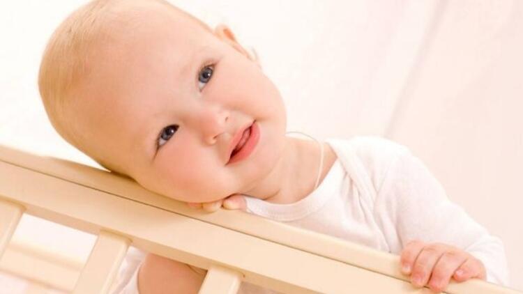 1-2 yaş arası bebekler ne gibi davranışlar sergiler?