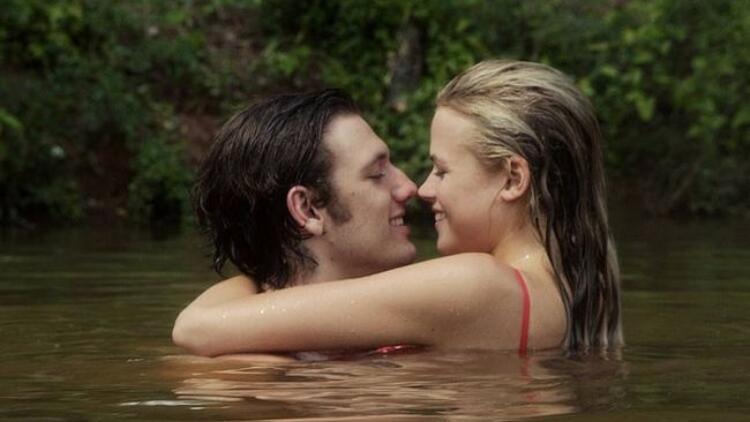 """""""Sonsuz Aşk"""" filmi vizyona girdi!"""