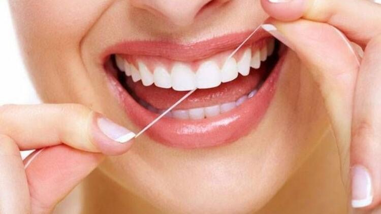 Diş ipi kullanımını ihmal etmeyin