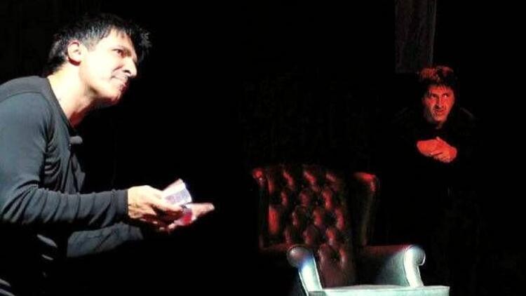 Tiyatro sanatçısı Haydar Zorlu'dan solo performans