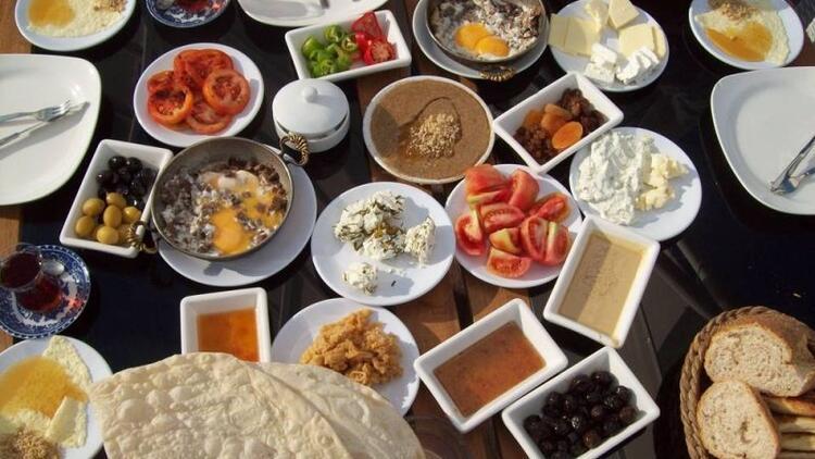 Hafta sonu kahvaltıları kilo aldırıyor