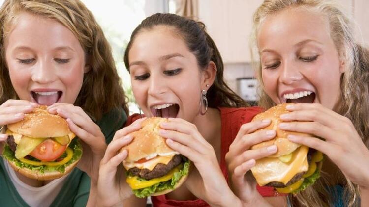 Obezite, ergen bireyleri tehdit ediyor