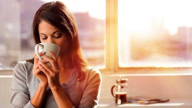 Yemekten hemen sonra kahve içmekten vazgeçin!
