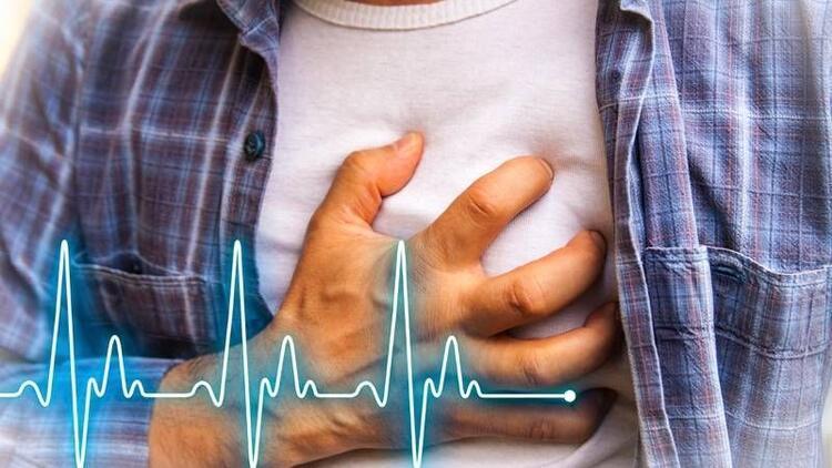 Kalp krizi, sigara ile geliyorum diyor