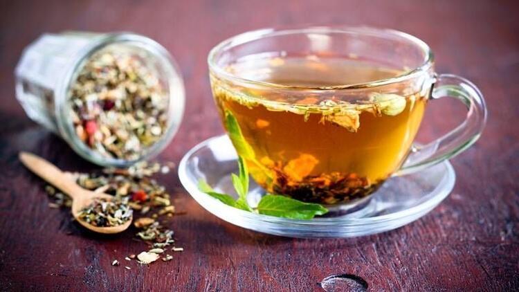 Soğuk algınlığı ve öksürüğe karşı rezene çayı