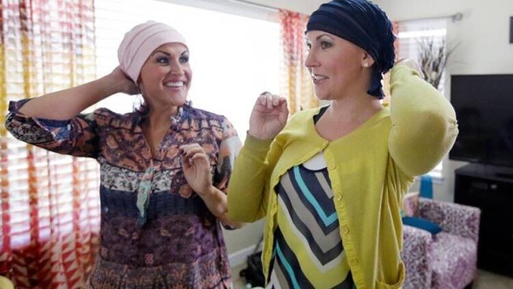 İki kız kardeş 14 gün arayla kanser olduğunu öğrendi
