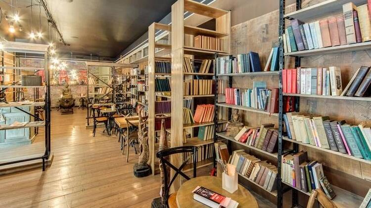 İstanbul'daki muhteşem 10 kitap kafe