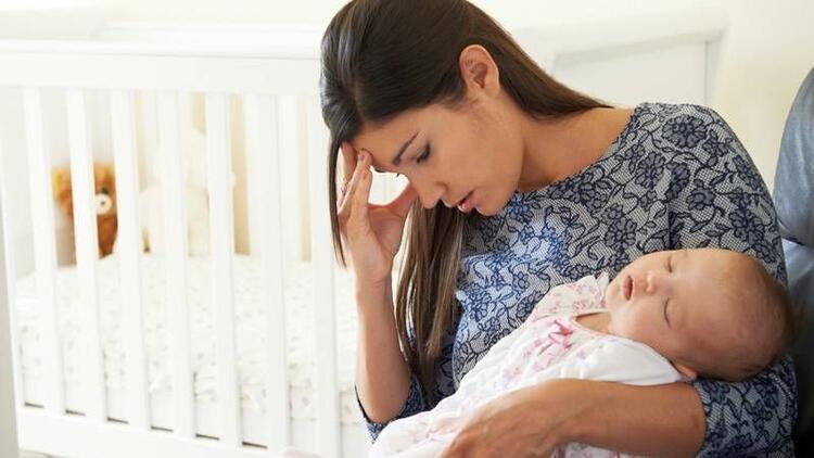 Doğum sonrası depresyonuna dikkat!