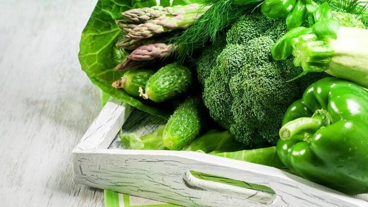 Sağlıklı bir vücut için 10 harika yeşil besin!