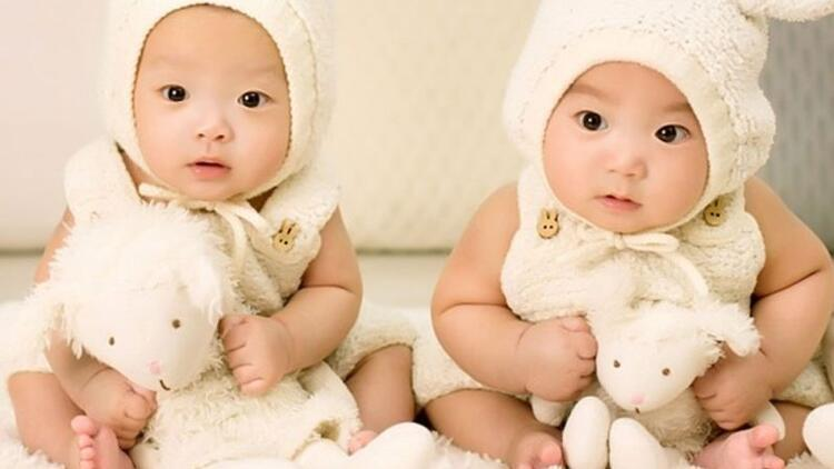 İkiz bebekler için uyumlu isim önerileri