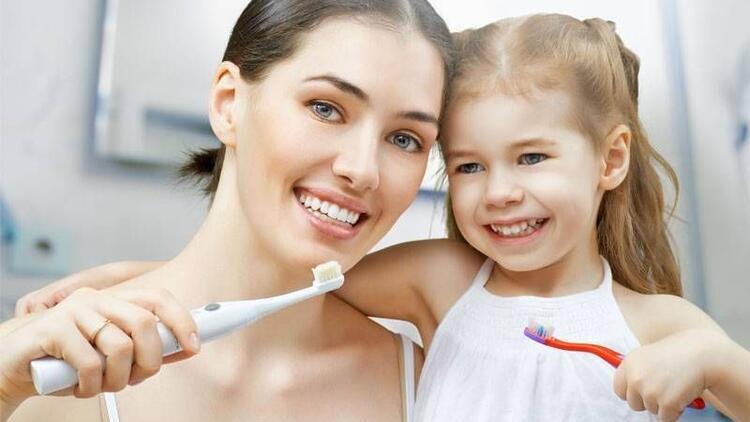 Çocukların ağız ve diş bakımı nasıl olmalıdır?