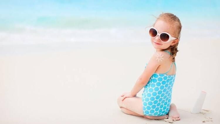 Çocukları güneşten korumak için 17 öneri