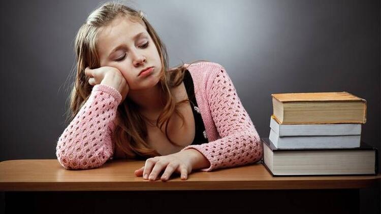 Çocuğunuz ev ödevini yaparken sorun yaşıyorsa dikkat!