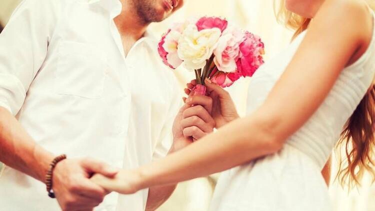 Eşler arası ilişkiyi canlı tutacak 8 tüyo!