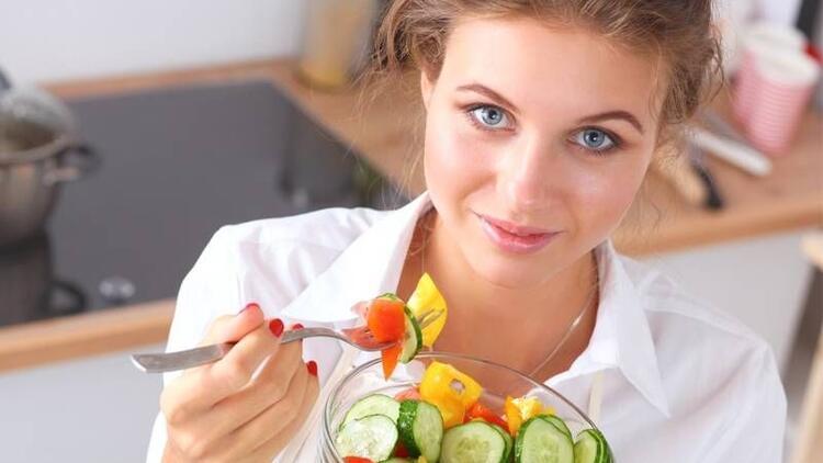 Sağlıklı bir cilt için tüketmeniz gereken 12 besin!