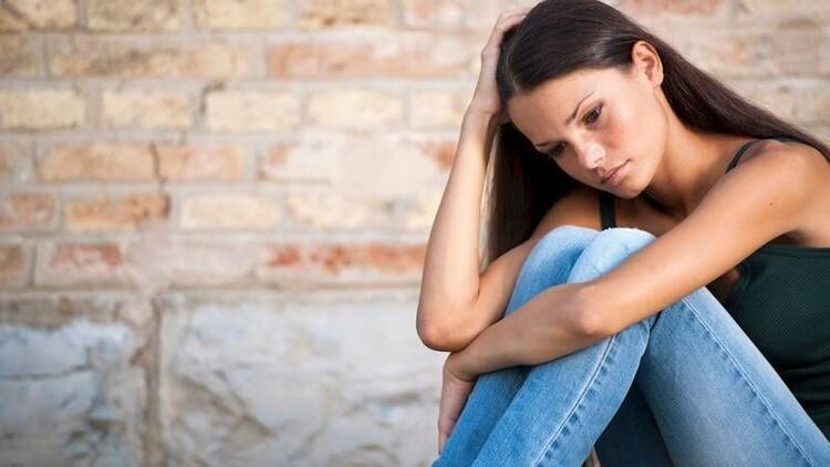 Ergenlikte sürekli öfkeli olmak depresyon belirtisi!