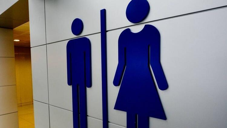 Erkek çocuklar kadınlar tuvaletine girmeli mi?