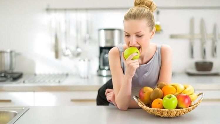 Bir öğünde tek çeşit meyve yiyin