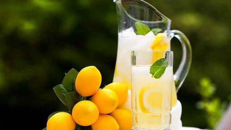 Hızlı kilo verdiren 2 günlük limonata diyeti