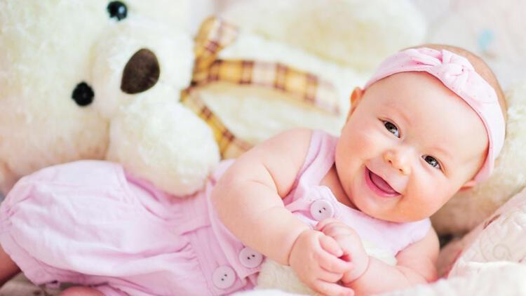 Bebeğe oyuncak verirken nelere dikkat edilmeli?